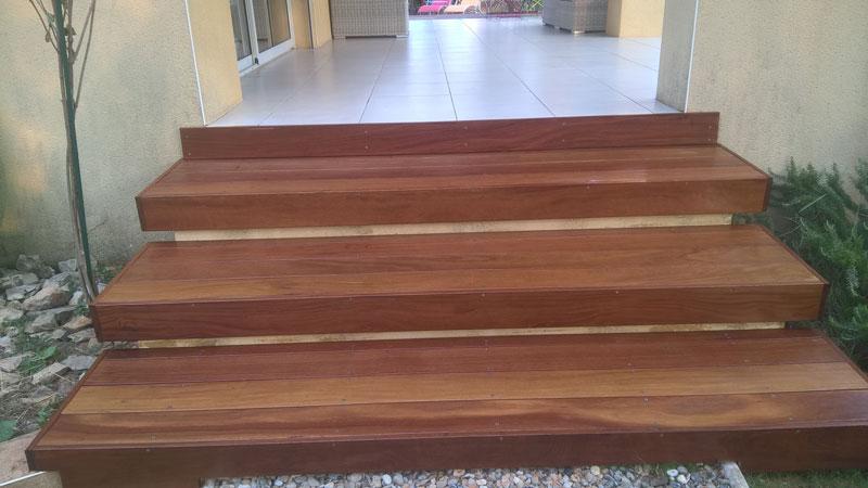 escaliers-bois-calvisson