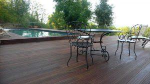 terrasse piscine bois nimes