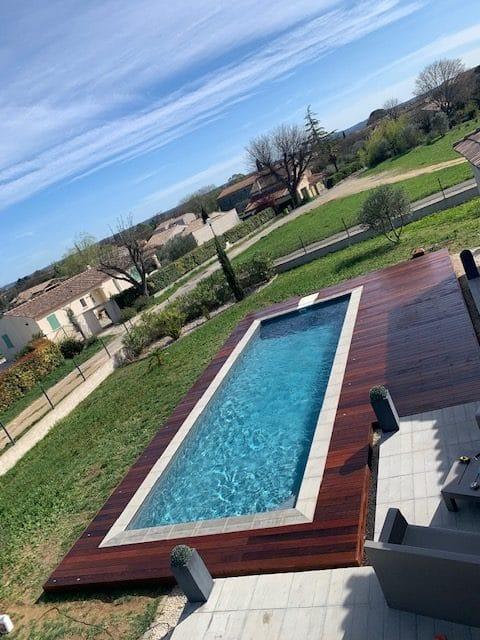terrasse bois piscine gard