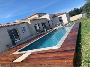 pose terrasse bois exotique piscine
