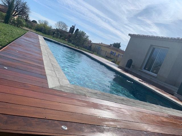 tour-piscine-bois-exotique-garrigues-sainte-eulalie (6)