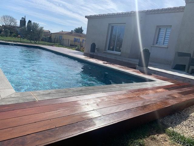 tour de piscine bois exotique gard